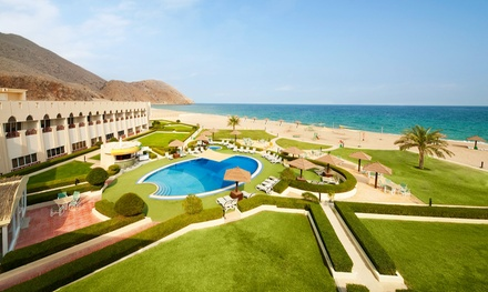 4* Oman Family Stay with Dhow Cruise